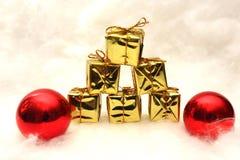 Presentes e símbolos do Natal Imagem de Stock Royalty Free