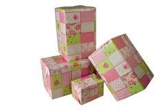 Presentes envolvidos no papel cor-de-rosa do presente - 1 Fotos de Stock Royalty Free