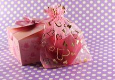 Presentes para amantes Imagens de Stock Royalty Free