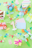 Presentes pequenos coloridos Imagens de Stock