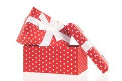 Presentes punteados rojos Imágenes de archivo libres de regalías