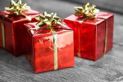 Presentes vermelhos Fotografia de Stock Royalty Free