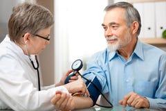 Examen médico Imagen de archivo libre de regalías