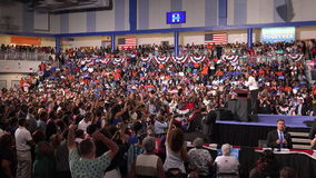 President av det USA Barack Obama mötet med studenter av det Florida minnesmärkeuniversitetet lager videofilmer