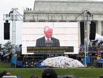 President Bill Clinton op het Grote Scherm Stock Afbeelding