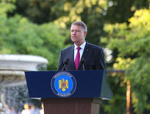 President Klaus Iohannis heet Roemeens Qlympic-team welkom Royalty-vrije Stock Foto