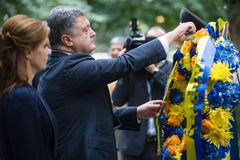 President Petro Poroshenko på World Trade Centerground zeromem Royaltyfri Foto