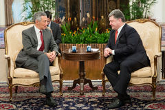 President of Ukraine Petro Poroshenko and Prime Minister of Sing Stock Photos