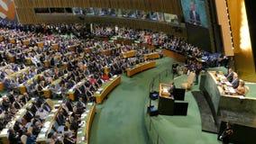Presidente Barack Obama de los E.E.U.U. lleva a cabo un discurso, la Asamblea General de los Naciones Unidas metrajes