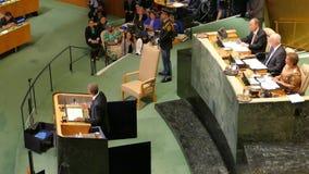 Presidente Barack Obama de los E.E.U.U. lleva a cabo un discurso, la Asamblea General de los Naciones Unidas almacen de metraje de vídeo
