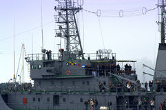 Presidente bulgaro Plevneliev alla piattaforma della nave da guerra Immagine Stock