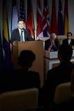 Presidente en etapa en la conferencia Imagen de archivo