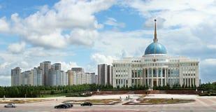 Presidente Palace en Astaná foto de archivo