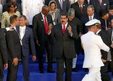 Presidenter av delegationer poserar för det officiella fotografiet i den 17th toppmötet av den alliansfria rörelsen Arkivbilder