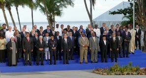 Presidenter av delegationer poserar för det officiella fotografiet i den 17th toppmötet av den alliansfria rörelsen Royaltyfri Foto