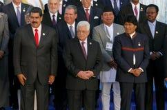 Presidenter av delegationer poserar för det officiella fotografiet i den 17th toppmötet av den alliansfria rörelsen Arkivfoton