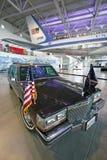 Presidents- bilkortege på skärm på Ronald Reagan Presidential Library och museet, Simi Valley, CA Royaltyfria Foton