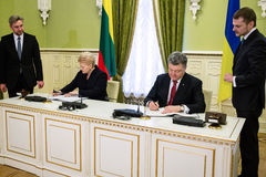 Presidents Petro Poroshenko and Dalia Grybauskaite Stock Photo
