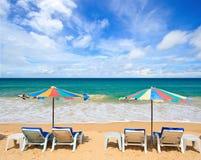 Presidenza di spiaggia in mare tropicale Immagini Stock