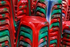 Presidenze di plastica rosse Immagine Stock Libera da Diritti