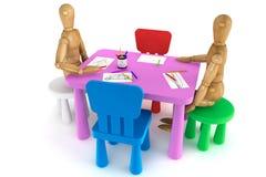 Presidenze di plastica variopinte e tabella del bambino Immagine Stock Libera da Diritti