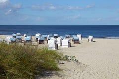 Presidenze di spiaggia di vimini Fotografia Stock Libera da Diritti