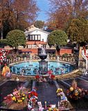 Presley Memorial Garden, Graceland. Elvis Presleys grave in the remembrance garden at Graceland, the home of Elvis Presley, Memphis, Tennessee, United States of stock photos