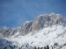 Presolana ist ein Gebirgszug des Orobie, italienische Alpen Landschaft im Winter nach Schneefälle Lizenzfreie Stockfotos