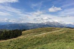 Presolana landskap från Monte Pora royaltyfria bilder