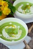 Pressa de gröna ärtorna för soppa. Fotografering för Bildbyråer