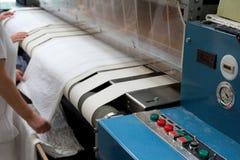 Pressa di rotolamento asciugantesi e rivestente di ferro Fotografia Stock Libera da Diritti