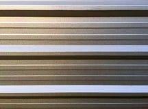 Pressad ut Aluminum vägg Arkivfoton