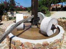 Presse d'huile d'olive près de Chania, Crète images stock