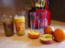 Presse-fruits de fruits et légumes Utilisé pour faire des jus et des smoothies à la maison photo stock