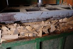 Presse hydraulique pour des cartons image libre de droits