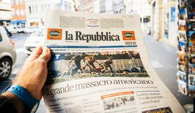 Presse italienne, republica de La, newsp 2017 de tir de bande de Las Vegas Images stock
