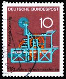 Presse typographique de Koenig, 3ème serie de série d'anniversaires scientifiques, vers 1968 images stock