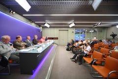 Pressekonferenz auf den internationalen Sommer-Tennis-Meisterschaften Lizenzfreie Stockfotografie