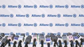 Pressekonferenz von der ALLIANZ, Pressewand mit Logo und Mikrophonen, redaktionelle begrifflichwiedergabe 3D lizenzfreies stockbild