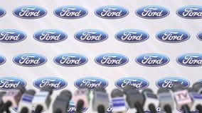 Pressekonferenz von FORD, Pressewand mit Logo als Hintergrund und mics, redaktioneller Animation stock footage