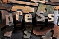 Pressez écrit avec le type antique d'impression typographique photo stock