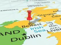 A pressione sulla mappa di Belfast Fotografia Stock