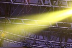 Prestaties bewegende verlichting bij de bouw stock foto's