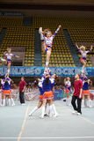 Prestaties van cheerleadersteam Royalty-vrije Stock Afbeeldingen