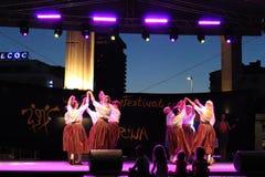 Prestazione estone della fase dei ballerini delle donne fotografie stock libere da diritti