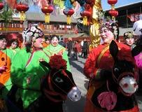 Prestazione giusta del tempio del nuovo anno cinese Fotografie Stock