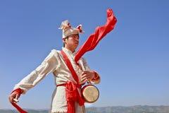Prestazione locale di musica nelle montagne di Yanan, Cina Fotografia Stock
