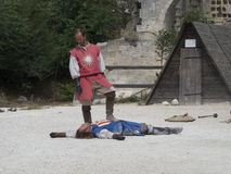 Prestazione teatrale di battaglia medievale in Les Baux-de-Provenza, Francia Fotografia Stock Libera da Diritti