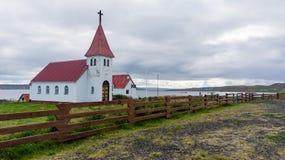 Prestbakkakirkja, una delle molte chiese islandesi Immagini Stock Libere da Diritti