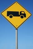 Preste atenção para fora para caminhões Foto de Stock